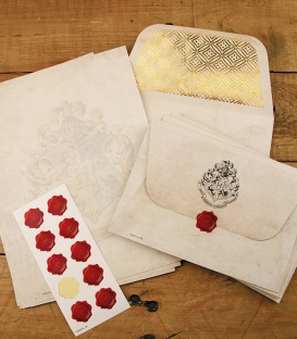Hogwarts Letter Writing Set