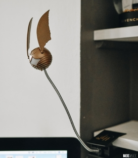 Golden Snitch Light Clip
